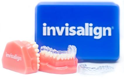 Ein Fortschritt der Kieferorthopädie - die unsichtbare Zahnspange mit der Invisalign Methode