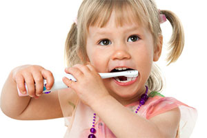 Kinder in der Zahnarzt Praxis